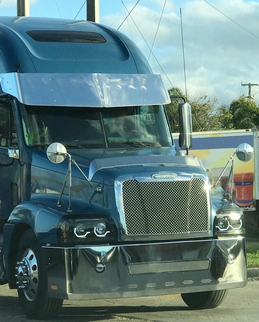 No Hay Descripción De La Foto Disponible Freightliner Trucks Freightliner Trucks