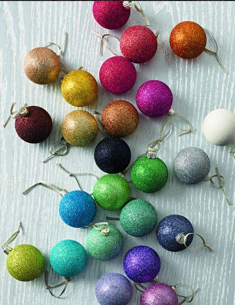 DIY Glitter ornaments #marthastewartcrafts