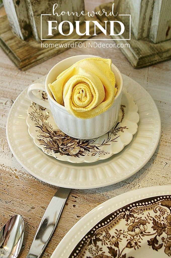 Tutorial: Easy Napkin Rosettes #diynapkinfolding a simple DIY napkin folding tutorial helps you create beautiful rosettes for your spring + Easter table decor!  from homewardFOUND decor. #diynapkinfolding Tutorial: Easy Napkin Rosettes #diynapkinfolding a simple DIY napkin folding tutorial helps you create beautiful rosettes for your spring + Easter table decor!  from homewardFOUND decor. #diynapkinfolding