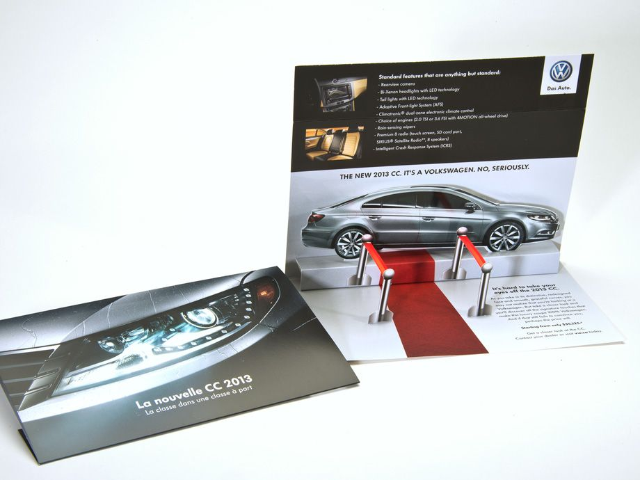 Volkswagen Rolls Out The Red Carpet Structural Graphics Guerilla Marketing Volkswagen Direct Marketing
