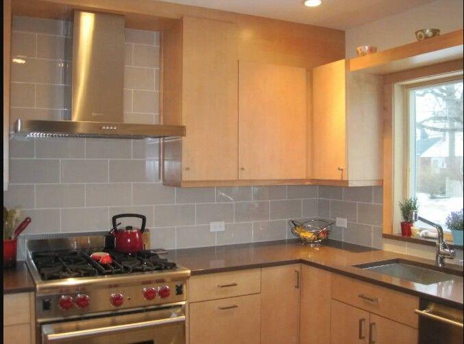 Kitchen Backsplash Neutral dark granite or silstone countertops with light, neutral, glossy