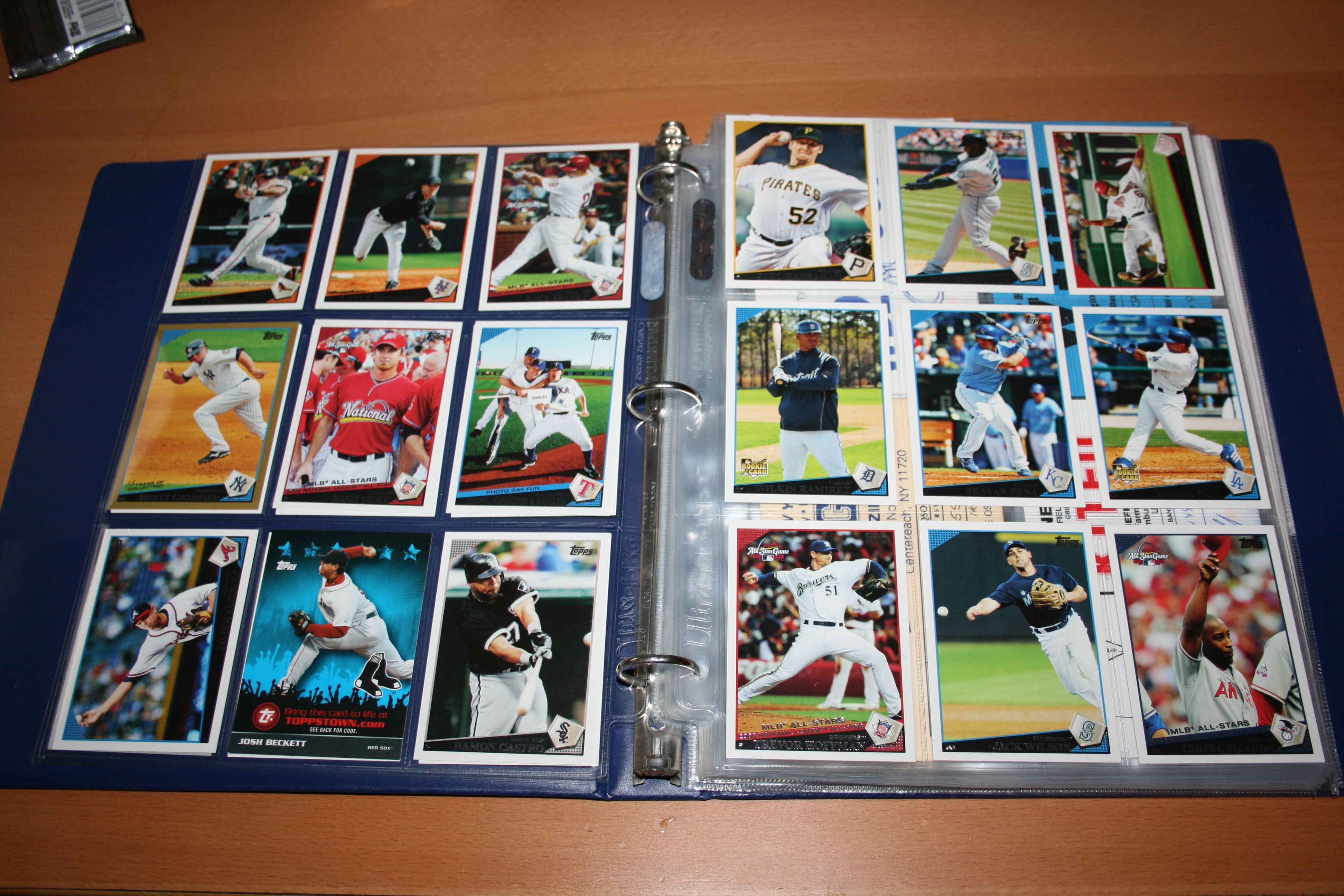 Featuring 10 collector sheet protectors unikeeps