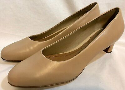 Trotters Beige Leather Heels Pumps Women's Shoes Size 9 1/2 N Discontinued Style  | eBay