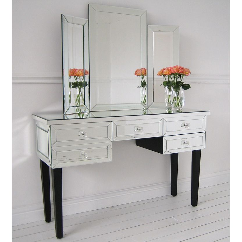The Dazzling Mirror Desk Modern