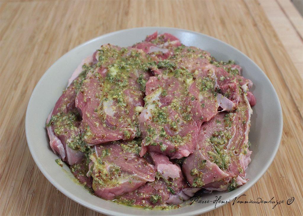 Paleron de veau, grillé, mariné gingembre, yuzu, moutarde et sauge