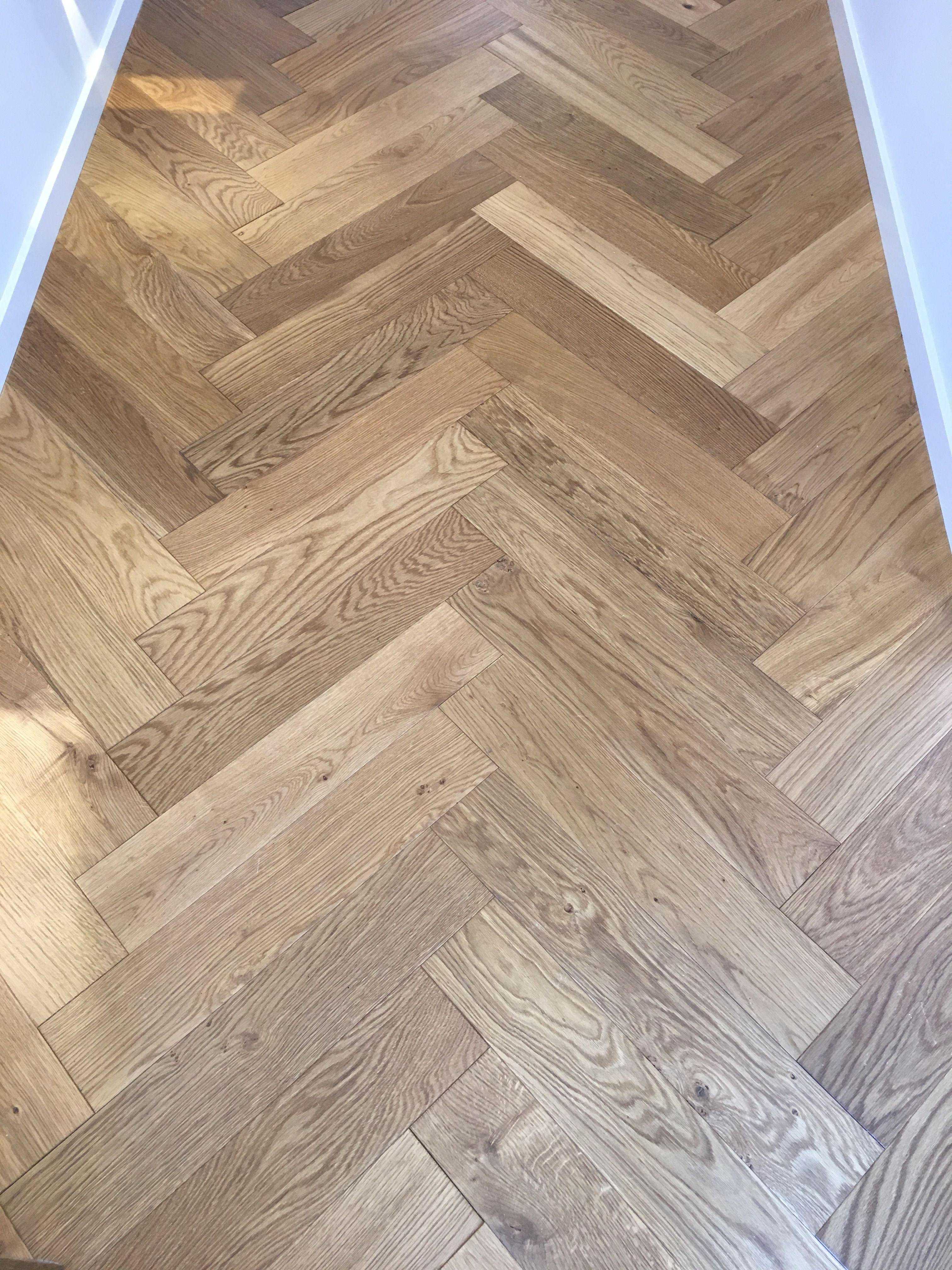 Herringbone laminate flooring ️ whitewash grey