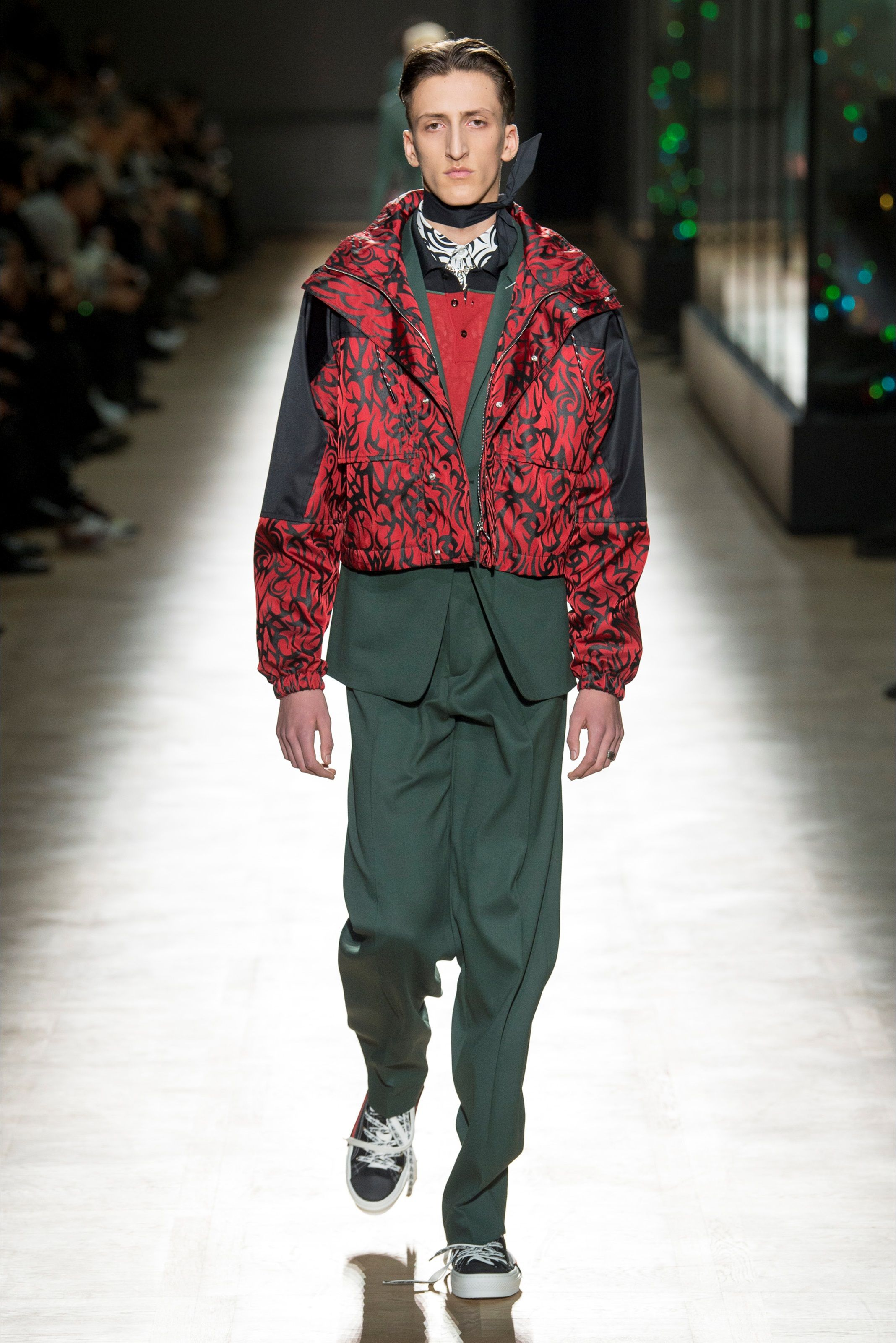 Sfilata Moda Uomo Dior Homme Parigi - Autunno Inverno 2018-19 - Vogue 18e929f3462