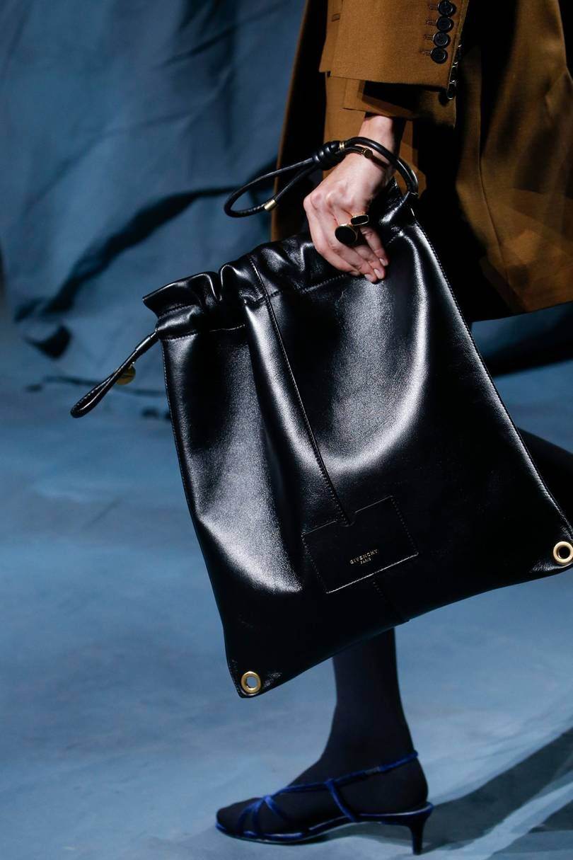 2019 year for women- Spring Givenchy and summer bag