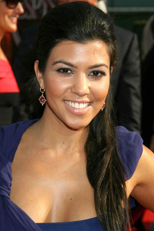Courtney Kardashian  dark interests  Pinterest  Kardashian