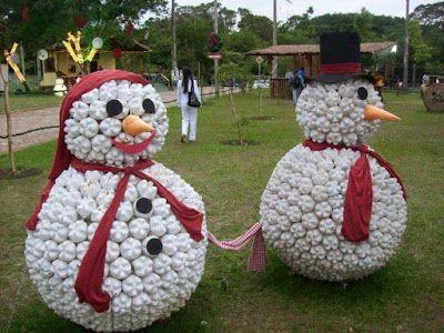 Se puede decorar con motivos navideños reciclando; reutiliza - cosas de navidad