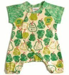 Are you looking for a gift idea for a new baby? This page features some great baby fashion in kimono sets for babies. These will make great gifts....