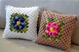 Resultado de imagem para almofadas de croche