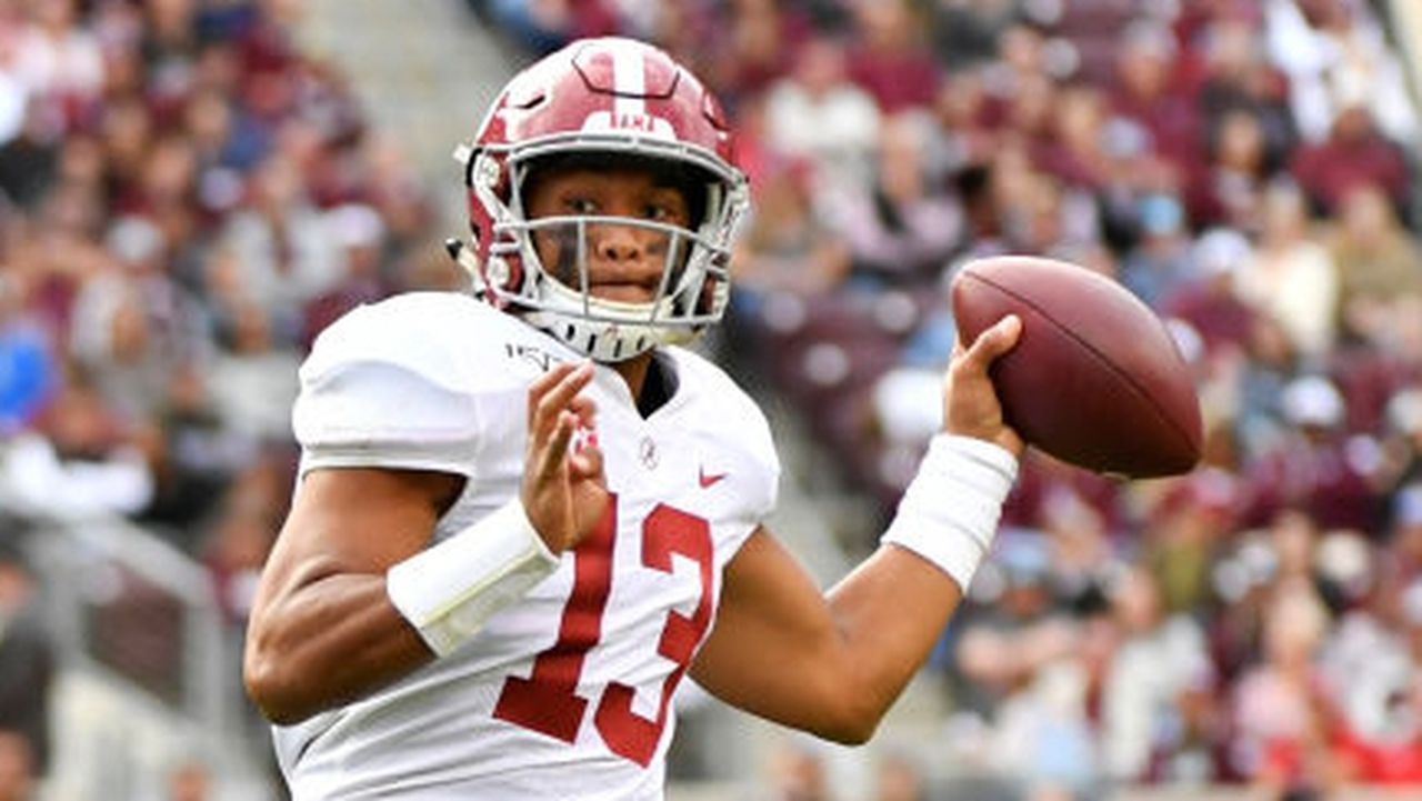 Nfl Draft 2020 Could Tua Tagovailoa Fall To Patriots Qb S Injury Makes It Possible Nfl News Nfl National Football League