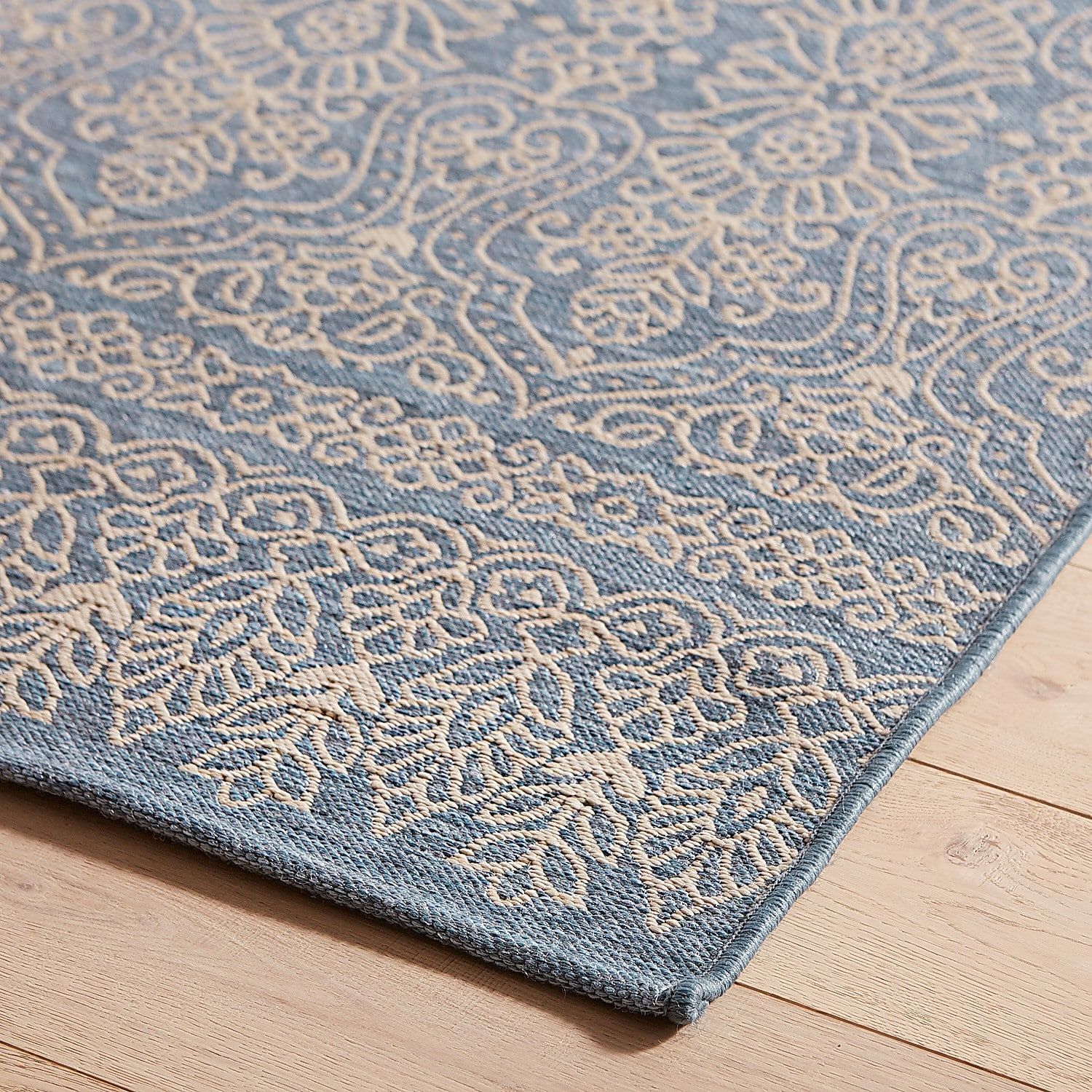 Scroll Border Maui 5X8 Rug