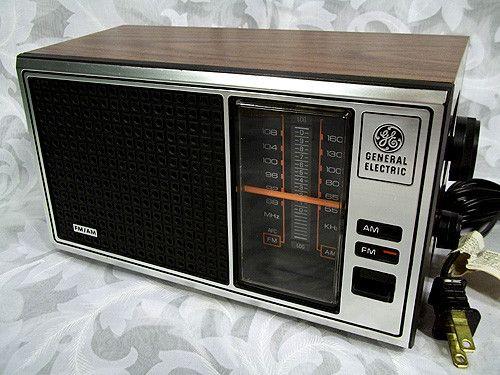 Sold Vintage 1970's GE General Electric FM AM RADIO 7-4115B RETRO