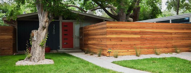 4 Ways To Design A Modern Fence Modern Fence Modern Front Yard