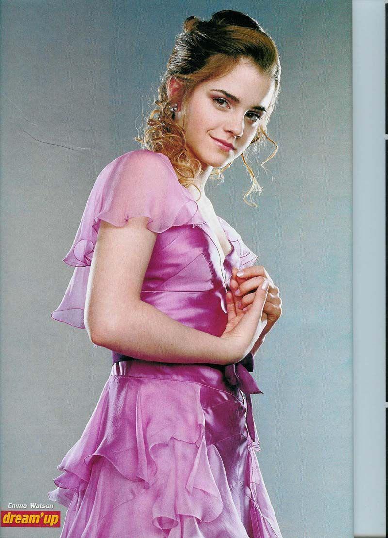Emma Watson Through The Years Hermione Granger Outfits Hermione Granger Harry Potter Hermione