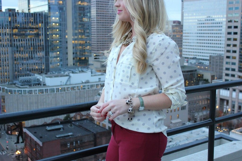 Outfit Idea: Bordeaux Skinny Jeans and Silk Blouse For Winter