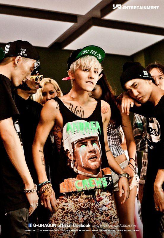 Crayon Mv Released G Dragon