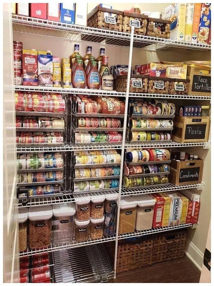 45 Best Pantry Organization Ideas We Found On Pinterest Homedecorsidea Info Kitchen Organization Small Pantry Organization Kitchen Organization Pantry