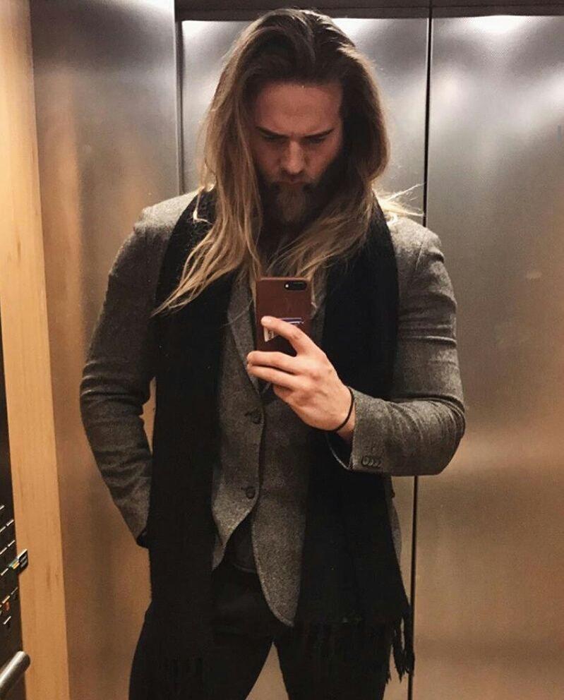 Wow!!! ❤💋🔥 @lasselom 😘📷 #hot🔥 #hotviking #cutenorwegian #ModernDayViking #viking #model #lieutnant #lasselom #beardedman #sexybeard #Stavanger #norway