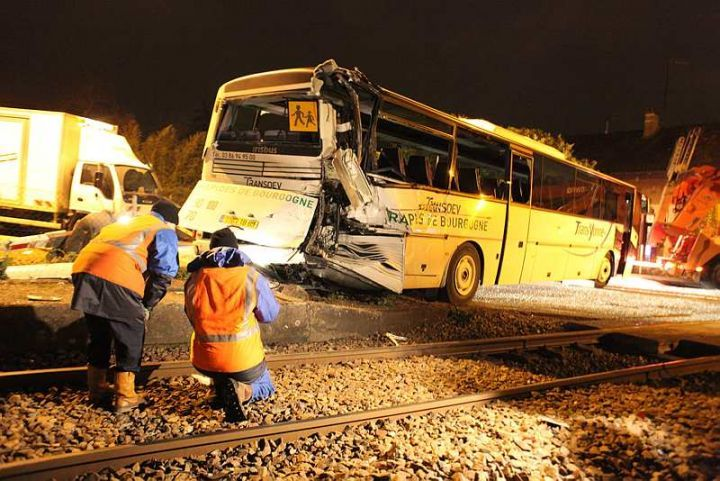 Bus Accident In France France Online Photo Sharing