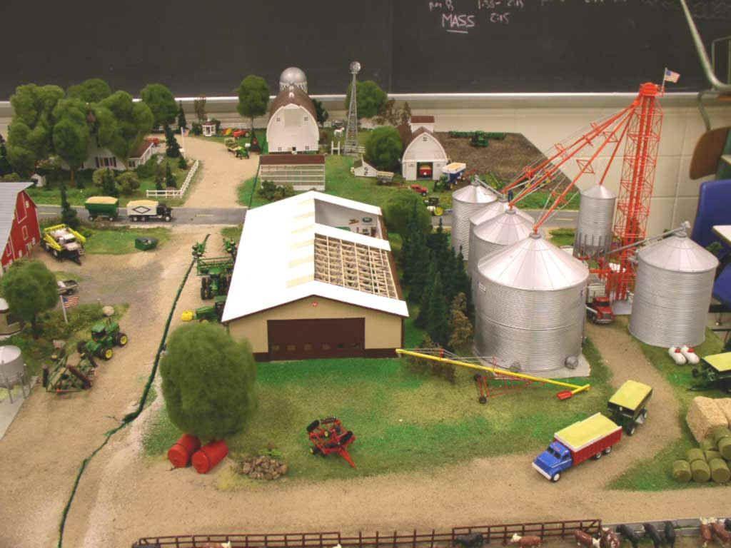 Grain Bin Home 1 64 Custom Farm Display Grain Bins And Shop 1 64 Scale Model 2