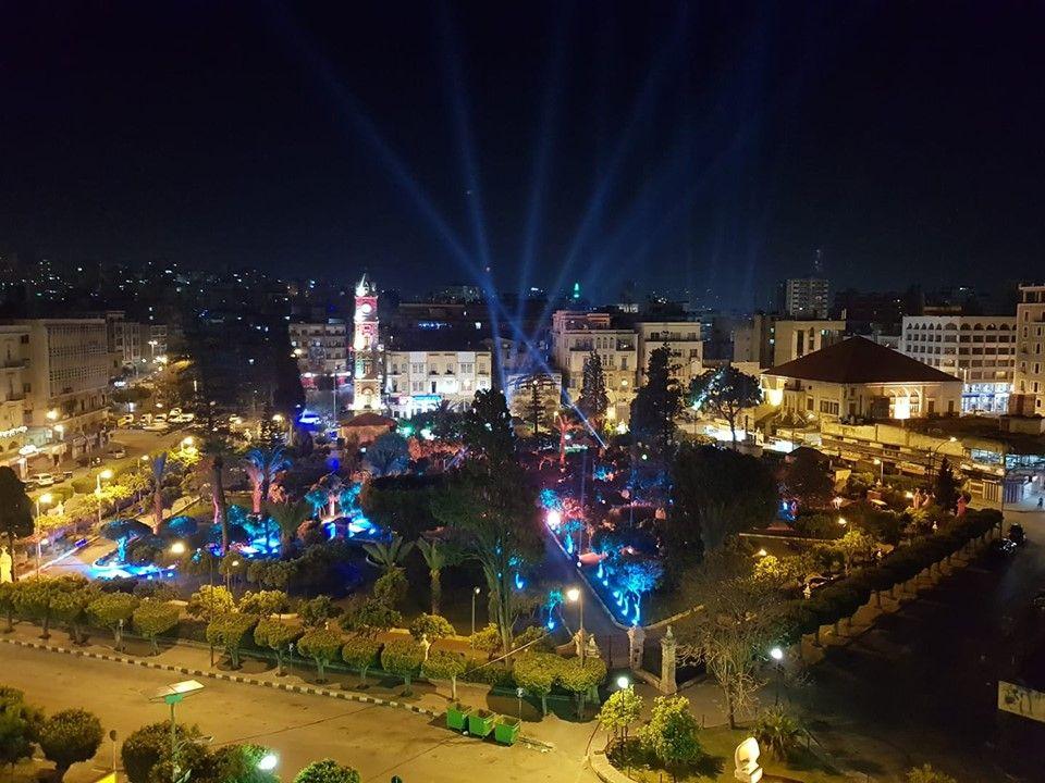 سياحة أيار 564 سائحا في طرابلس Holiday Decor Holiday Christmas Tree