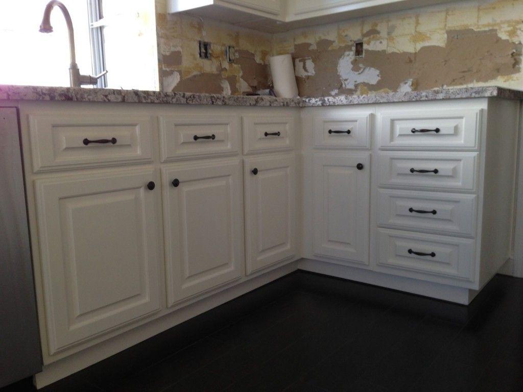 Kitchen Cabinet Refacing Temecula Murrieta In 2020 Refacing Kitchen Cabinets Kitchen Cabinets New Kitchen Cabinet Doors