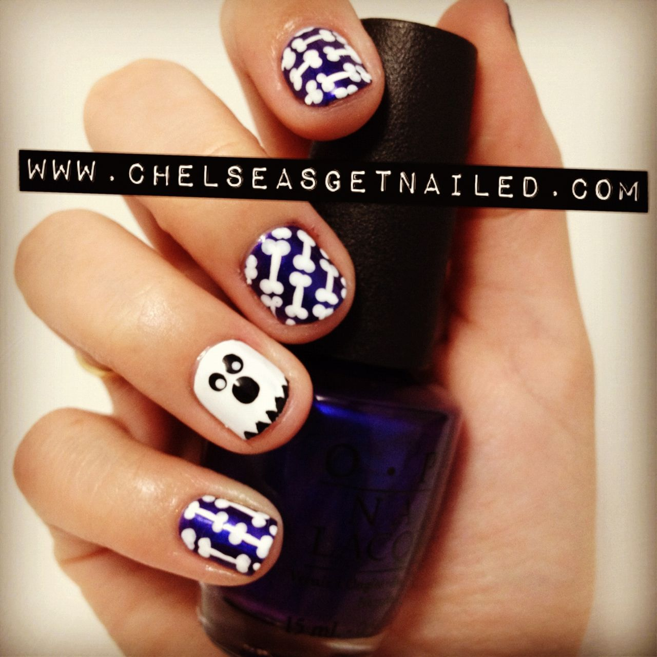 Chelsea Queen | Ghost & Bones | Halloween nails, Fun nails ...