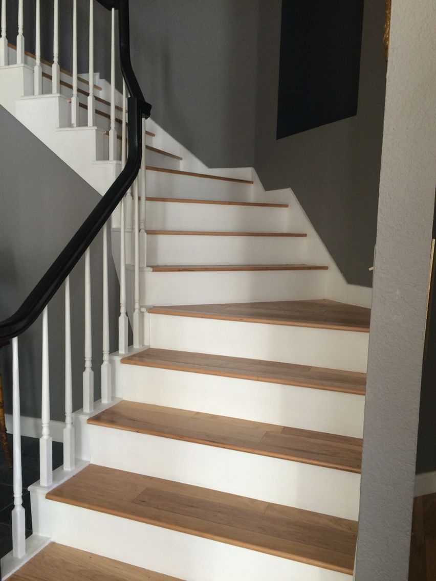 Best Hickory Wood Floors On Winding Staircase Hickory Wood 640 x 480