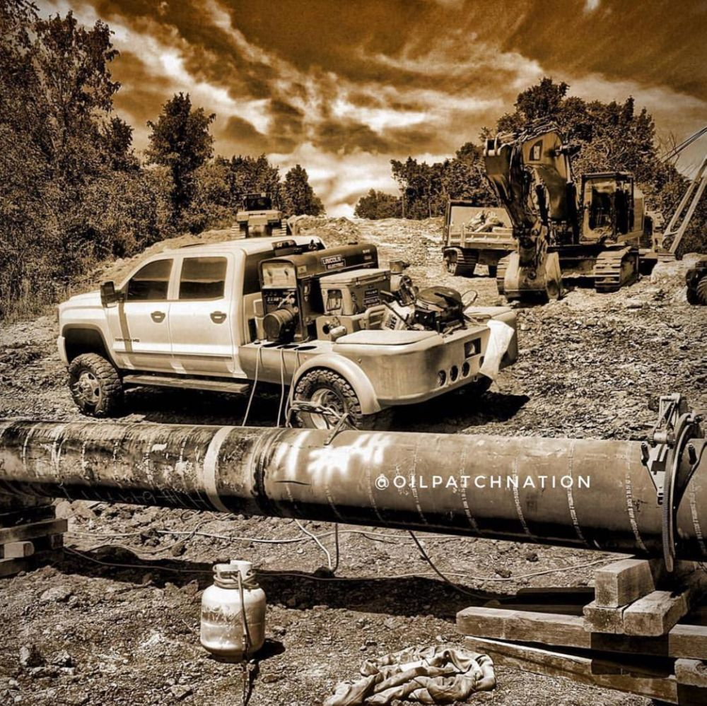 Pipeliners Are Customizing Their Welding Rigs   Welding rigs, Rigs ...