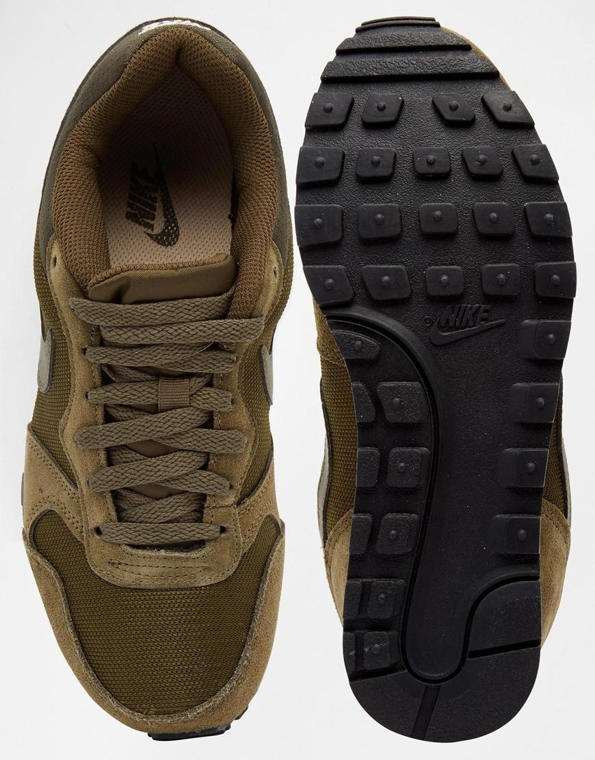 detailed look 5b449 fad5b Image 3 of Nike MD Runner 2 Dark Green Trainers
