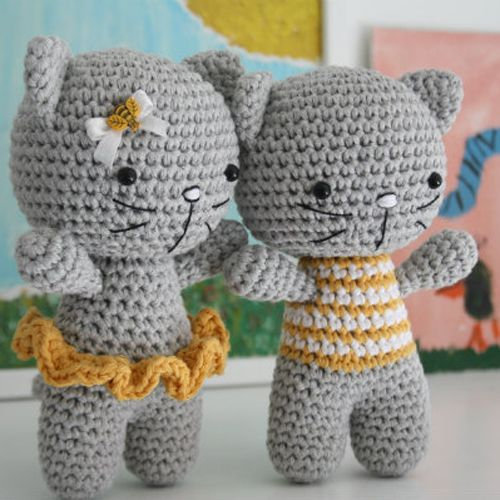 9 Crochet Cat Patterns -Amigurumi Tips - A More Crafty Life | 500x500