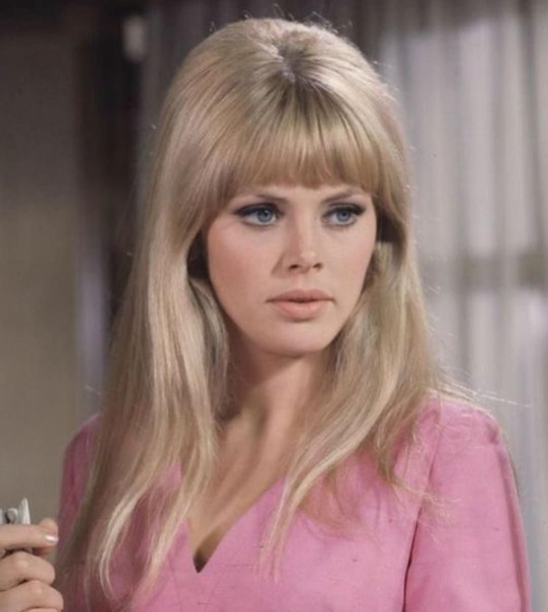 Pin by . on قديم الزمان (With images) | 60s hair, Vintage ...