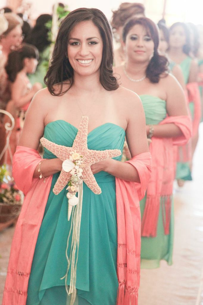 Damas boda playa | Boda playa tiffany blue y coral.. Beach wedding ...