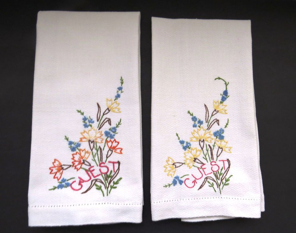 Pair Vntg Guest Hand Towels Hand Embroidered Floral Bathroom