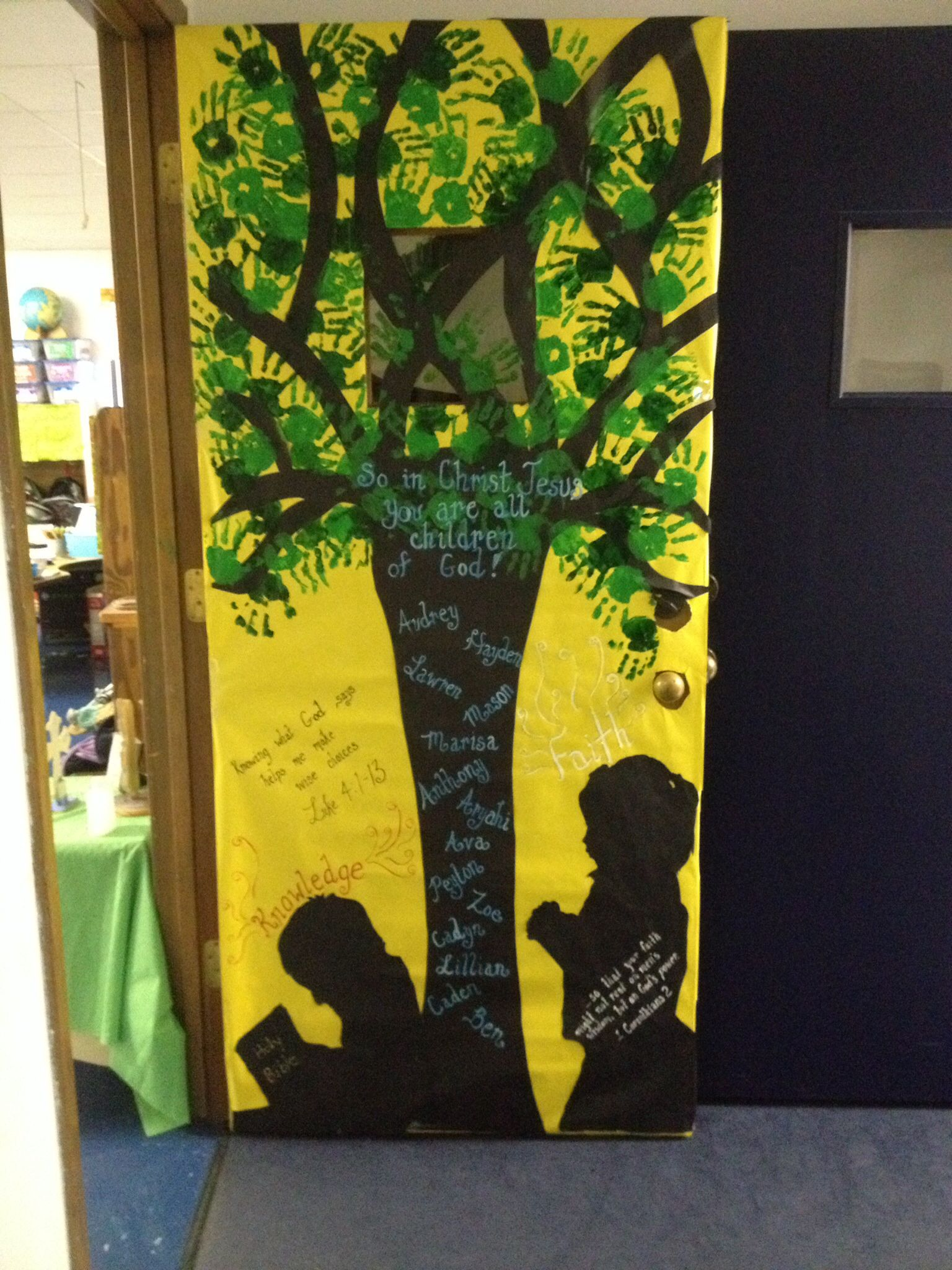 Catholic Schools Week Mrs Gonzales door | Decorating classroom wall ...