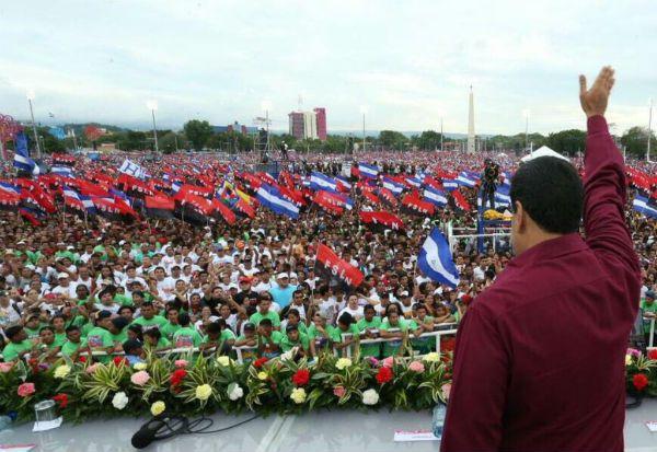 @DrodriguezVen : RT @correoorinoco: Maduro: Los pueblos han levantado una sola bandera la independencia https://t.co/skDsDcbuTj https://t.co/bVXWzXHPCT