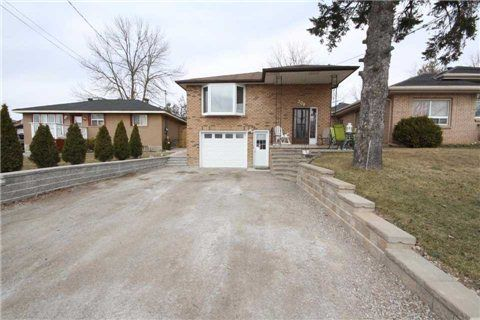 3 Bedroom Raised Bungalow With 1 Bedroom Basement Apartment #forsale In  #Bradford