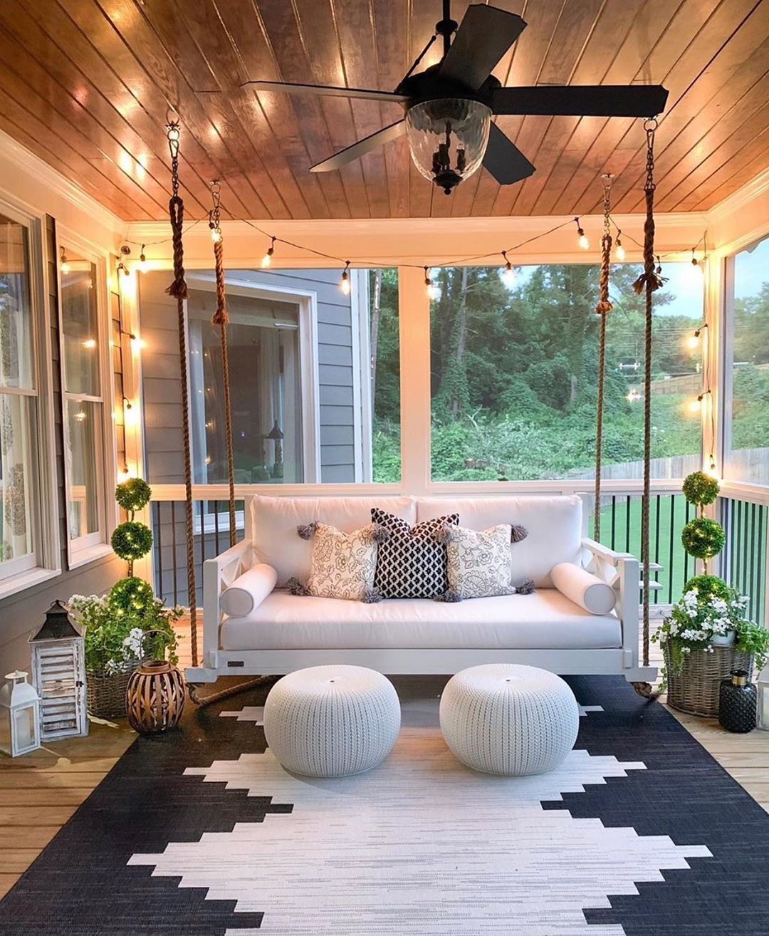 """Farmhouse Inspiration on Instagram: """"Can we all agree that this is major porch inspiration?! I am obsessed! � . . DESIGNERS PAGE AND DESIGN DETAILS~ �: @mygeorgiahouse � . .…"""""""