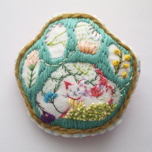Mari Kamio #embroidery | @invokethespirit