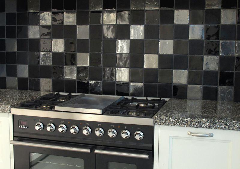 Keuken Tegels 10x10 : Mix zwarte tegels tegelhuys tegelhuys