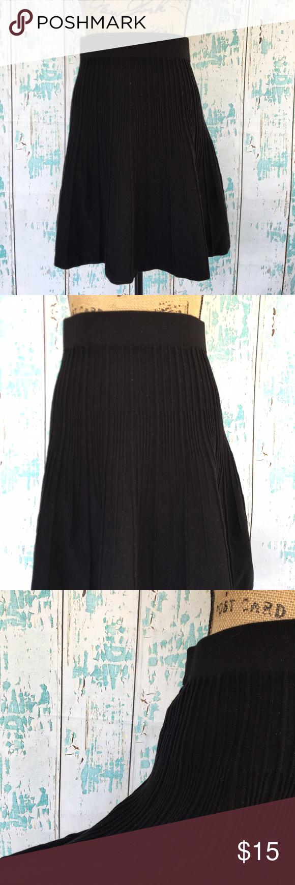 Cabi black cotton rubbed A line skirt size medium Cabi black cotton rubbed A line skaterskirt size medium CAbi Skirts Circle & Skater
