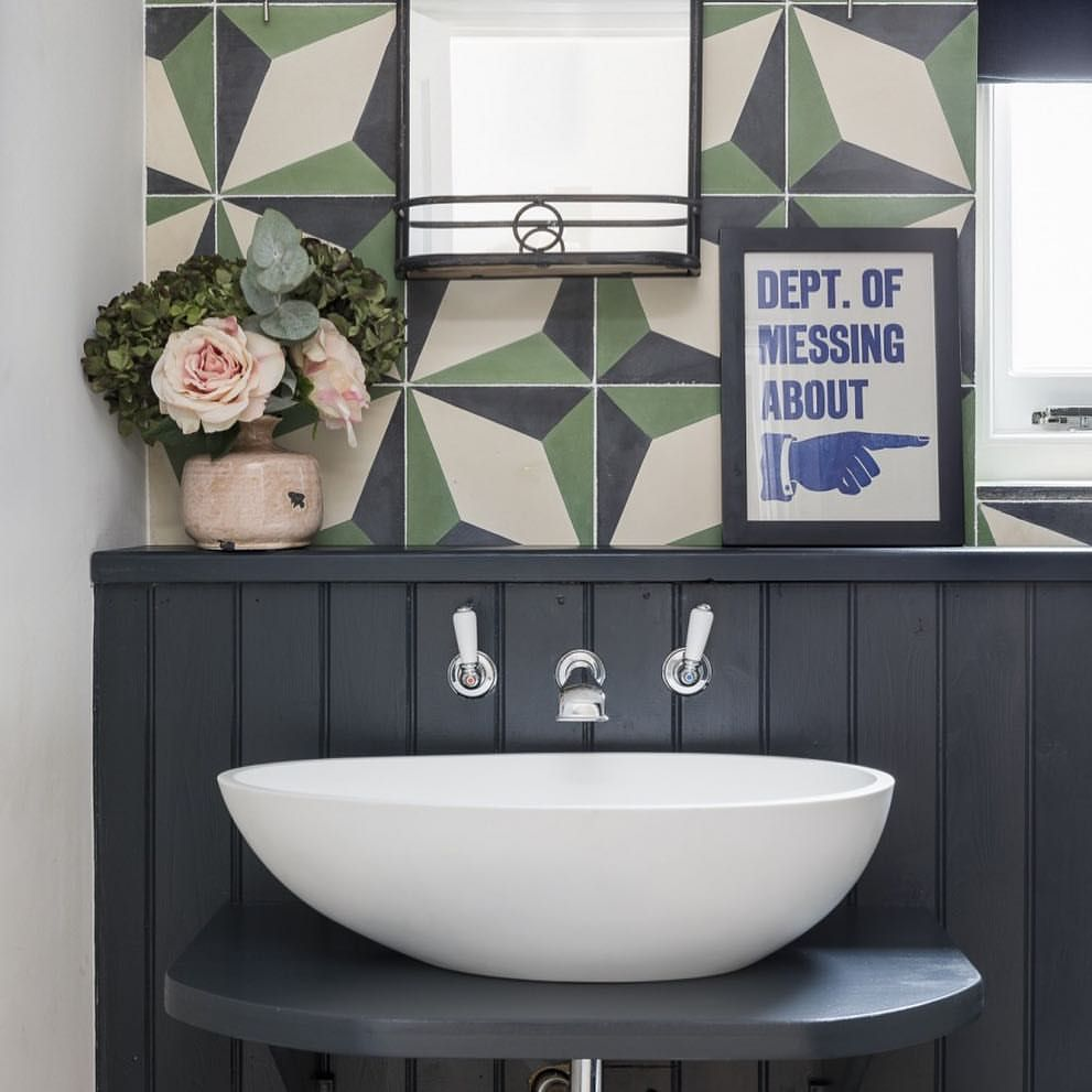56 Likes 6 Comments Interior Designers Uk Interiordesigners On Instagram Loving This F Kids Bathroom Bathroom Design Inspiration Luxury Bathroom Sinks