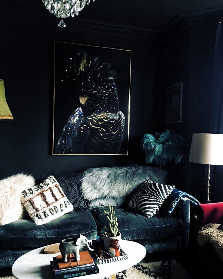 Eu amo o escuro e acho que os raios de luz fazem esse espaço ...  #acho #amo #arch #archidesign #archilover #archilovers #ArchitectureDose #architecturelovers #architecturephotography #beautifuldestination #beautifullandscape #beautifullife #casa #casaDeLuxo #casas #de #decoração #decoration2019 #equipada #escuro #espaço #esse #Eu #fazem #fotos #inspirada #lagerfeuer #luxo #luz #mediterraneo #moderna #Os #piscina #raios #salao #vida