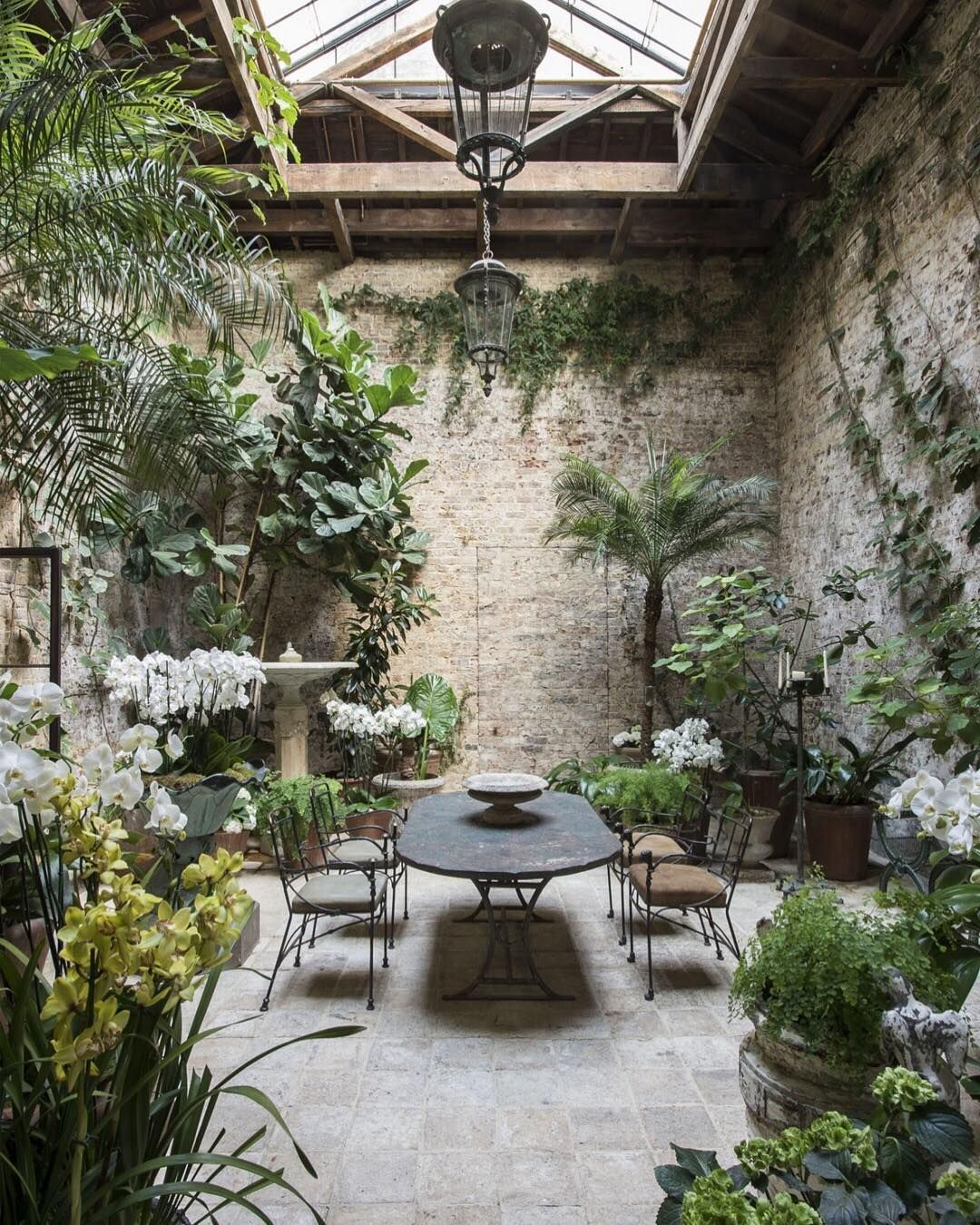 Indoor courtyard - Are we jealous or what 👀   London designer Rose Uniacke transformed this 1...