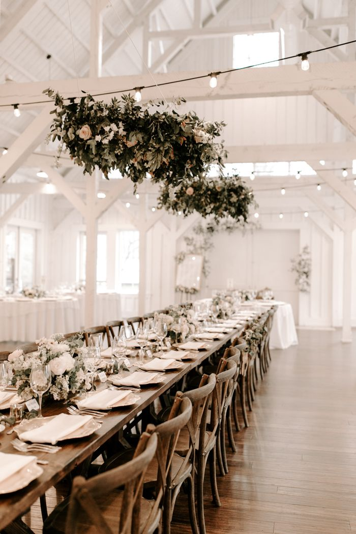 Neutral and Natural Tulsa Wedding Inspired by the White Barn Venue at Spain Ranch | Junebug Weddings