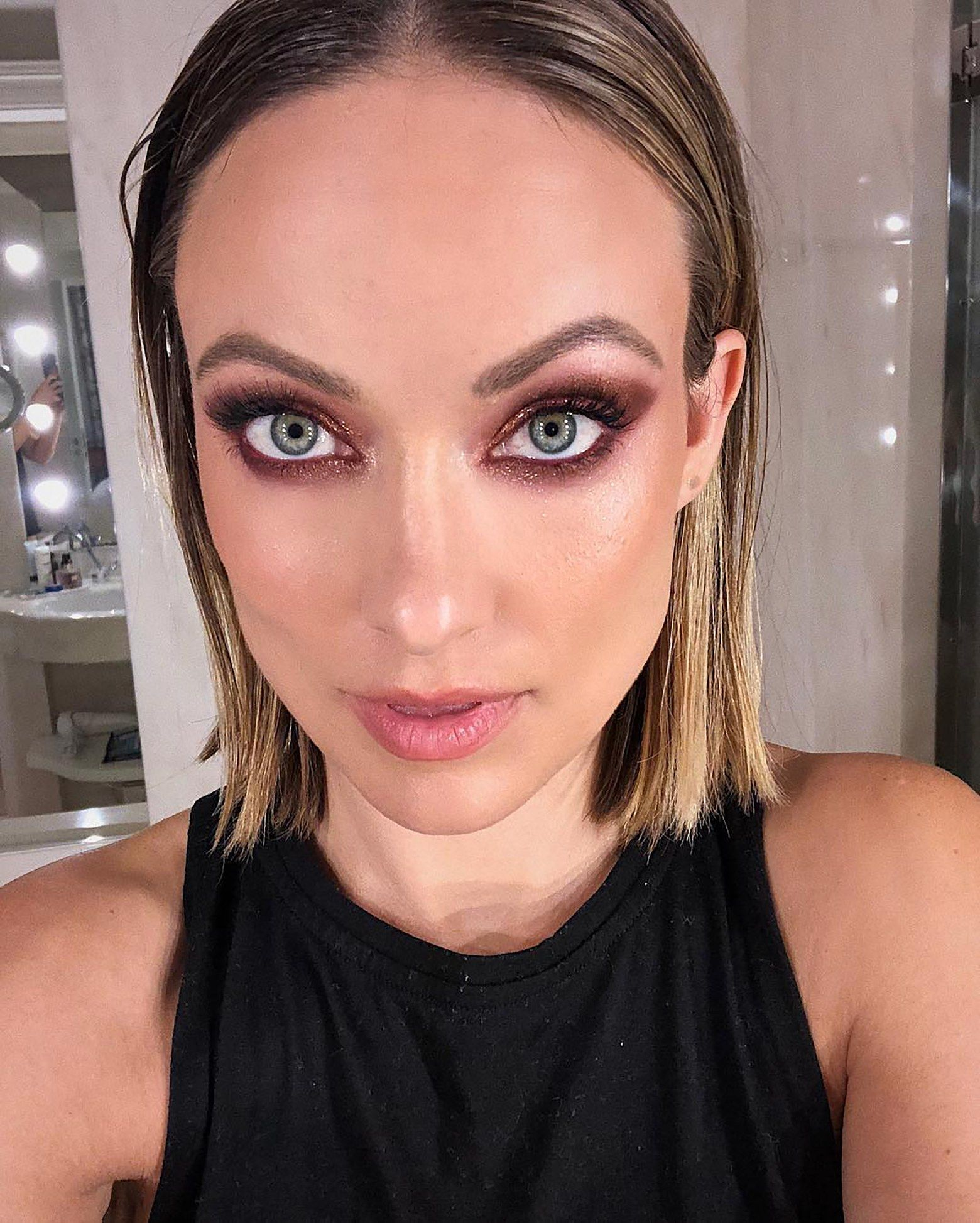 Olivia Wilde Adapts A Paris Fashion Week Makeup Trend For The Real