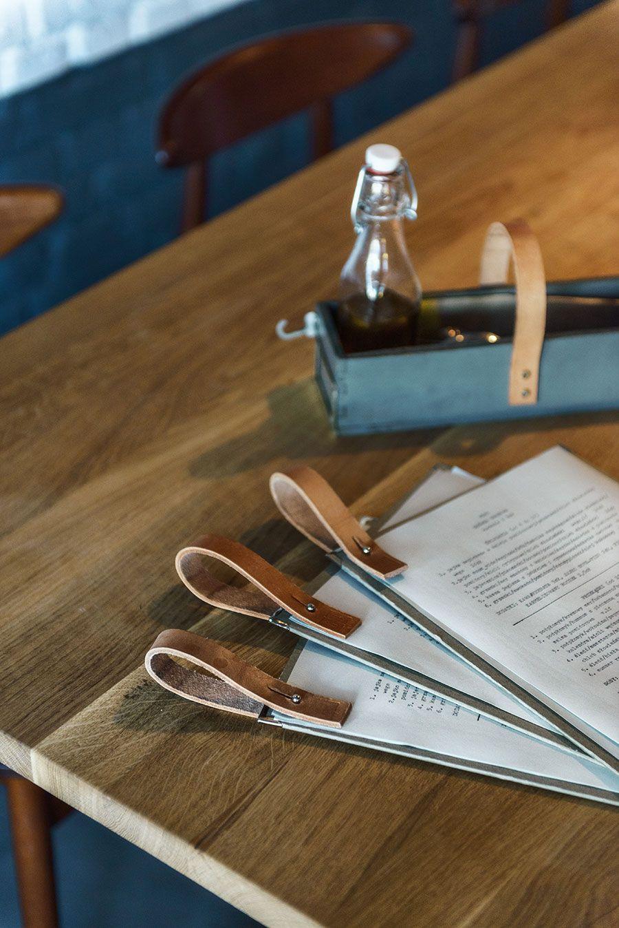 Speisekarte - mit Druckknopf Mehr #menus